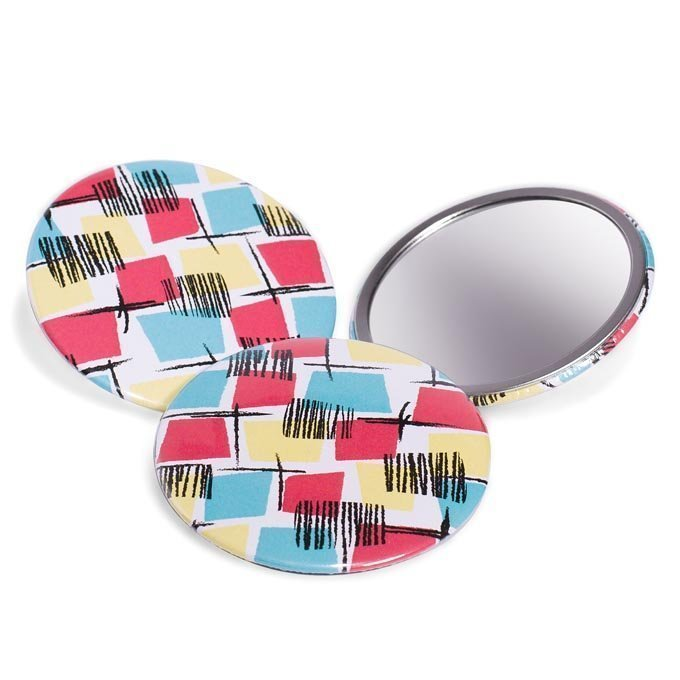 1950s vintage style beauty mirror