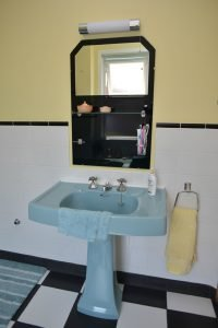 50s bathoom sink