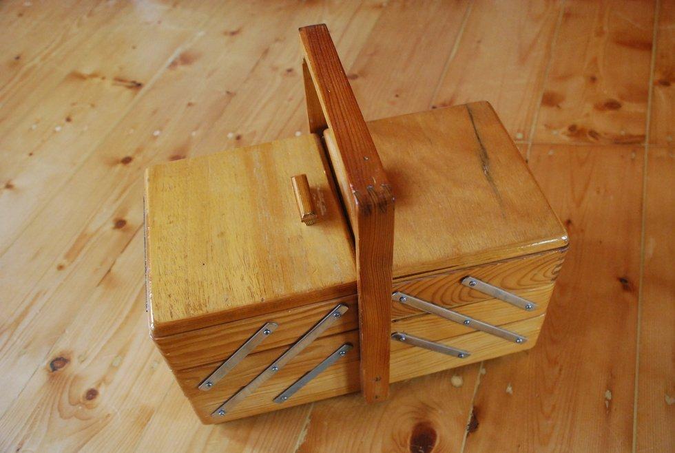 chard sewing box