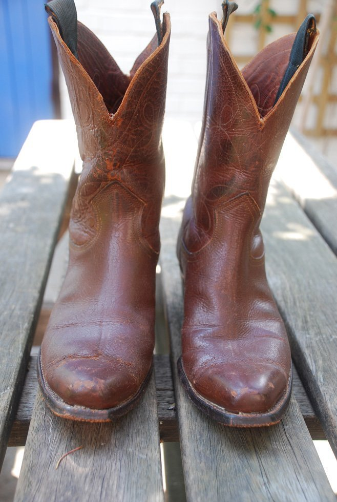Front view Justin boots