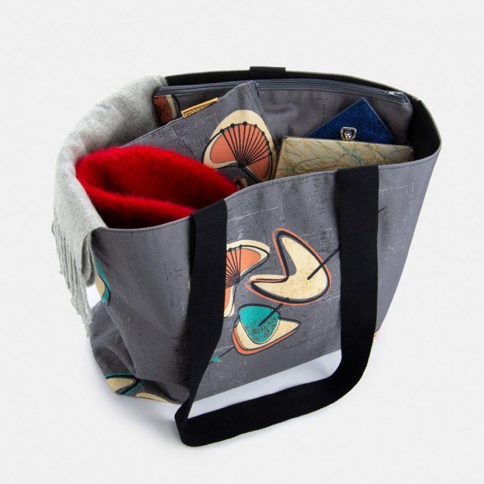 retro 50's style shoulder bag
