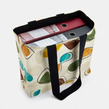 Roomy retro style school bag
