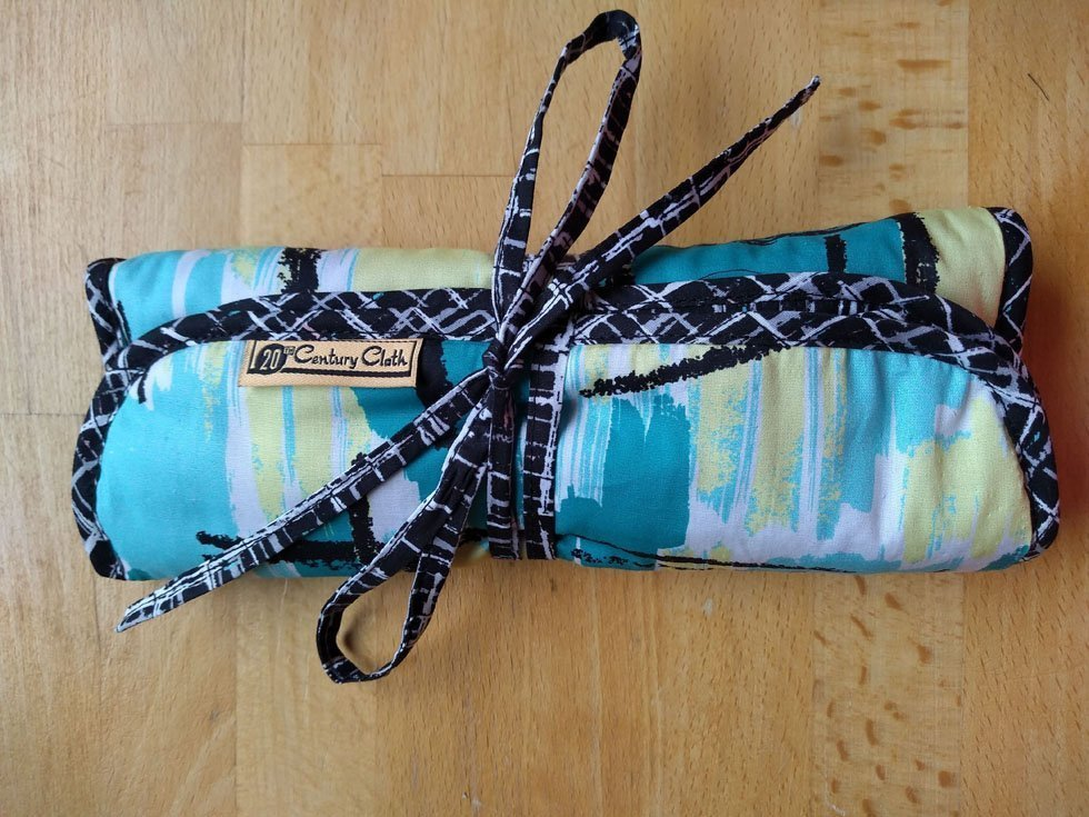 sew your own make up brush roll