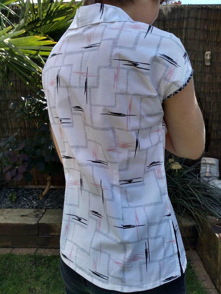 back darts in 60s blouse