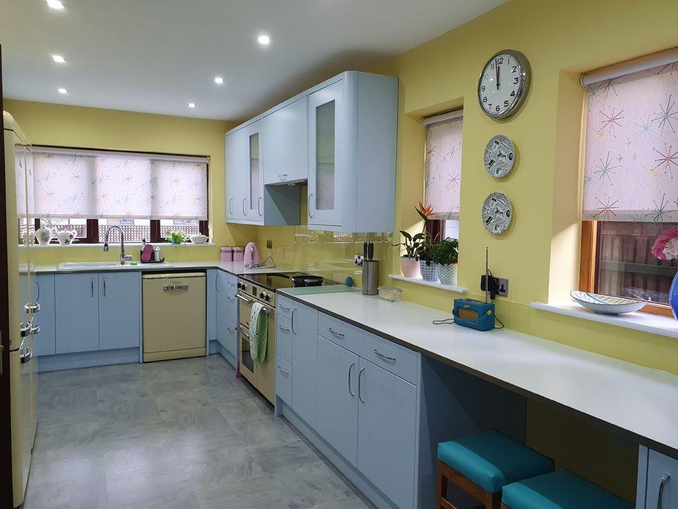 pastel 1950s kitchen